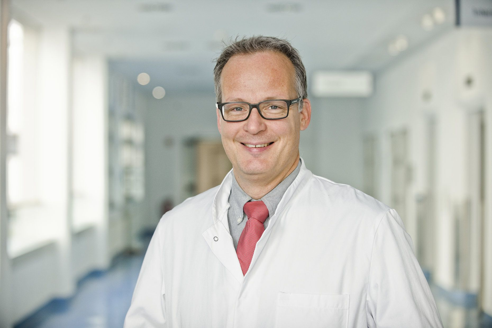 Dr. Marc Theisen